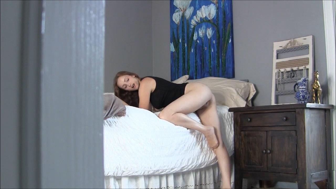 Conniving Son-t****/Virtual Sex/Nude - Vikki Lynn