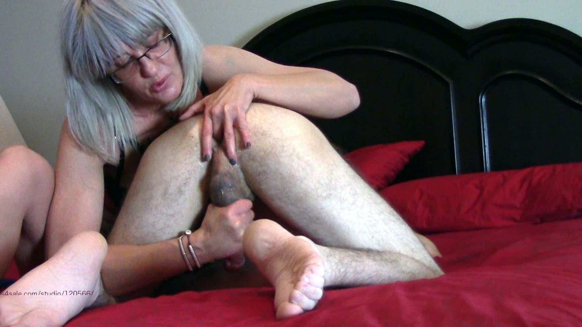 Cum for Mommy - Mommy Loves Rimming and Milking