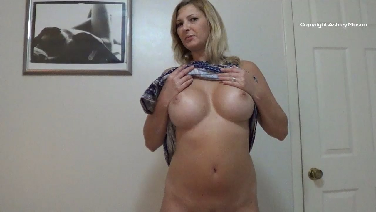 Mommies Horny - Ashley Mason