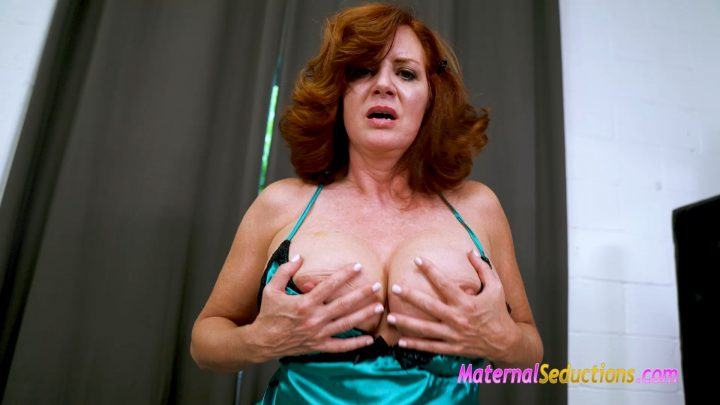 Waking Up with Mom – Andi James