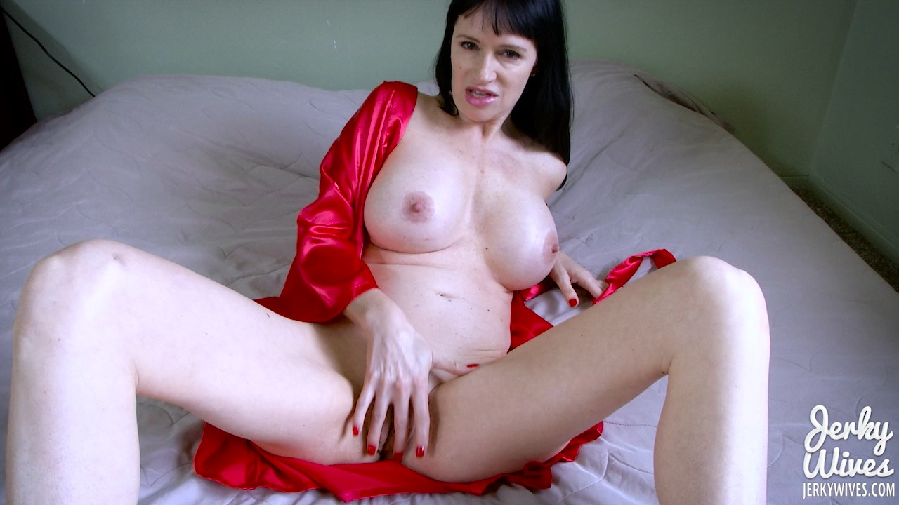 Jerky Wives - Mommy Loves You - Angie Noir
