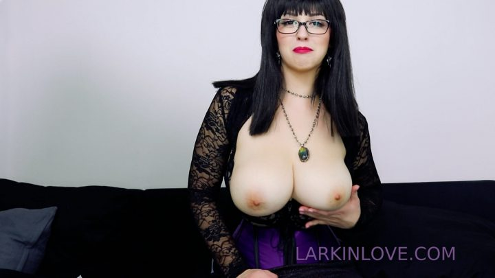 Mommy Demands Nappy Cummies For Sissy Baby – Larkin Love