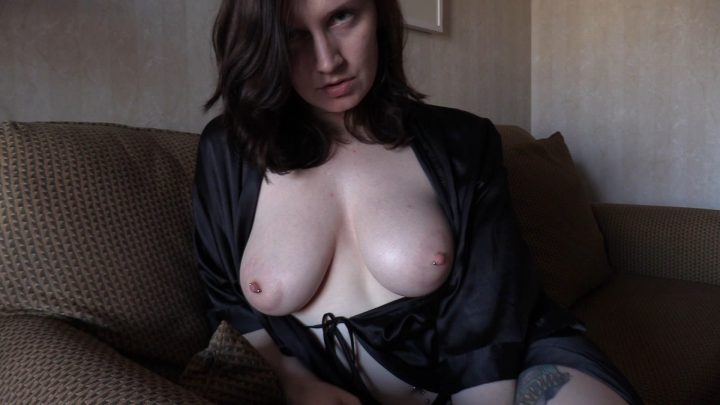 Peeping on Mommys Dates - Bettie Bondage