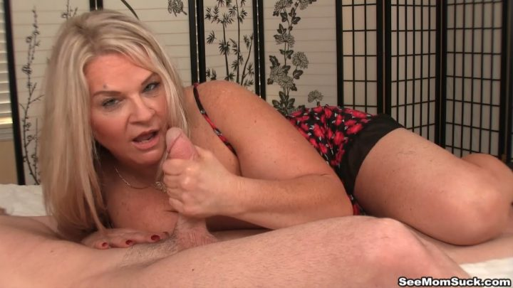 See Mom Suck – Milf Chloe loves young dicks – Chloe Blowjob