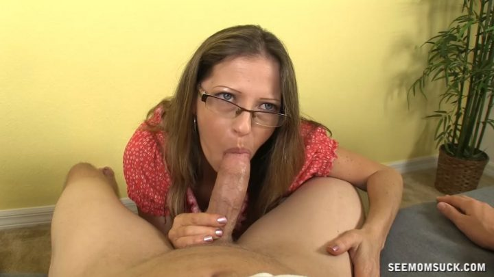 See Mom Suck – My GF's Hot Mom
