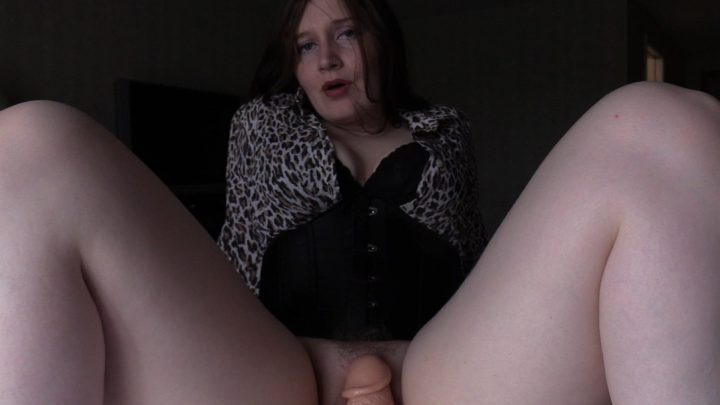 Talking Your Naive Ditzy Mom into a BJ – Bettie Bondage