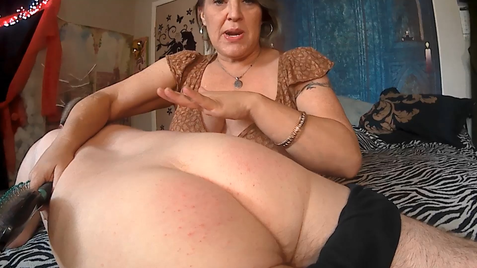 MOMMY SPANKS HER NAUGHTY SON - Naughty Nikki 777