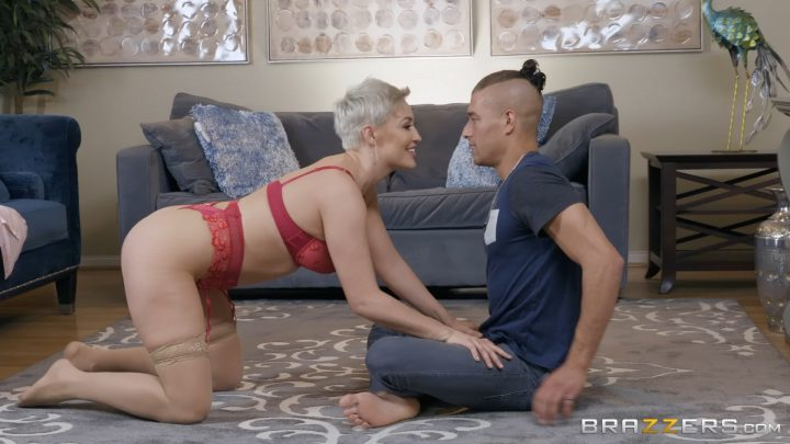 Mommy Got Boobs – I'm Not a Regular Mom, I'm a Cool Mom – Ryan Keely