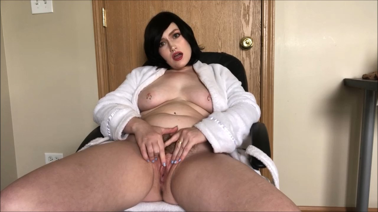 Mommy wants you to cum inside - Mizz Amanda Marie