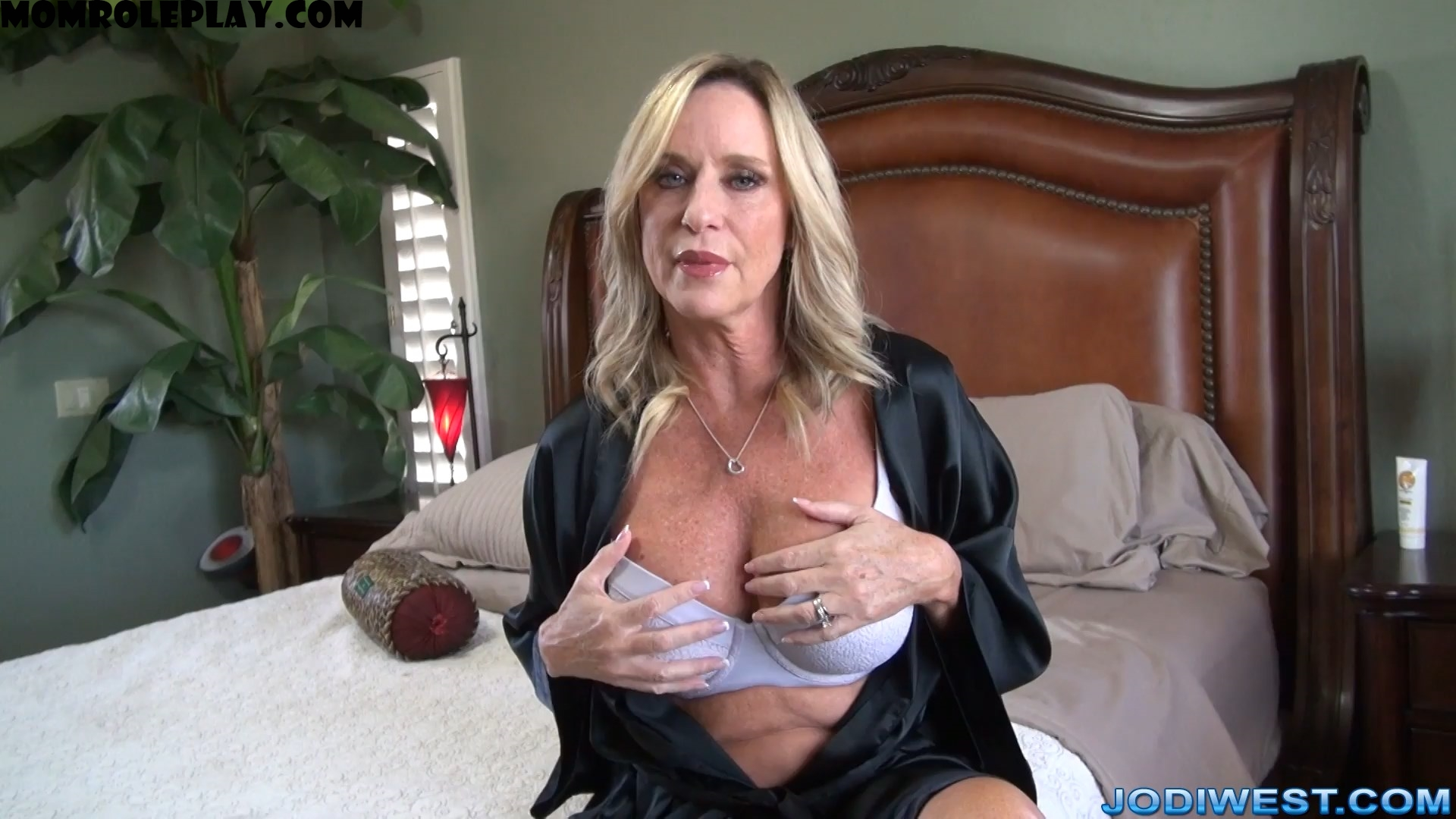 Jodi West - A Creampie For Mother 1080p
