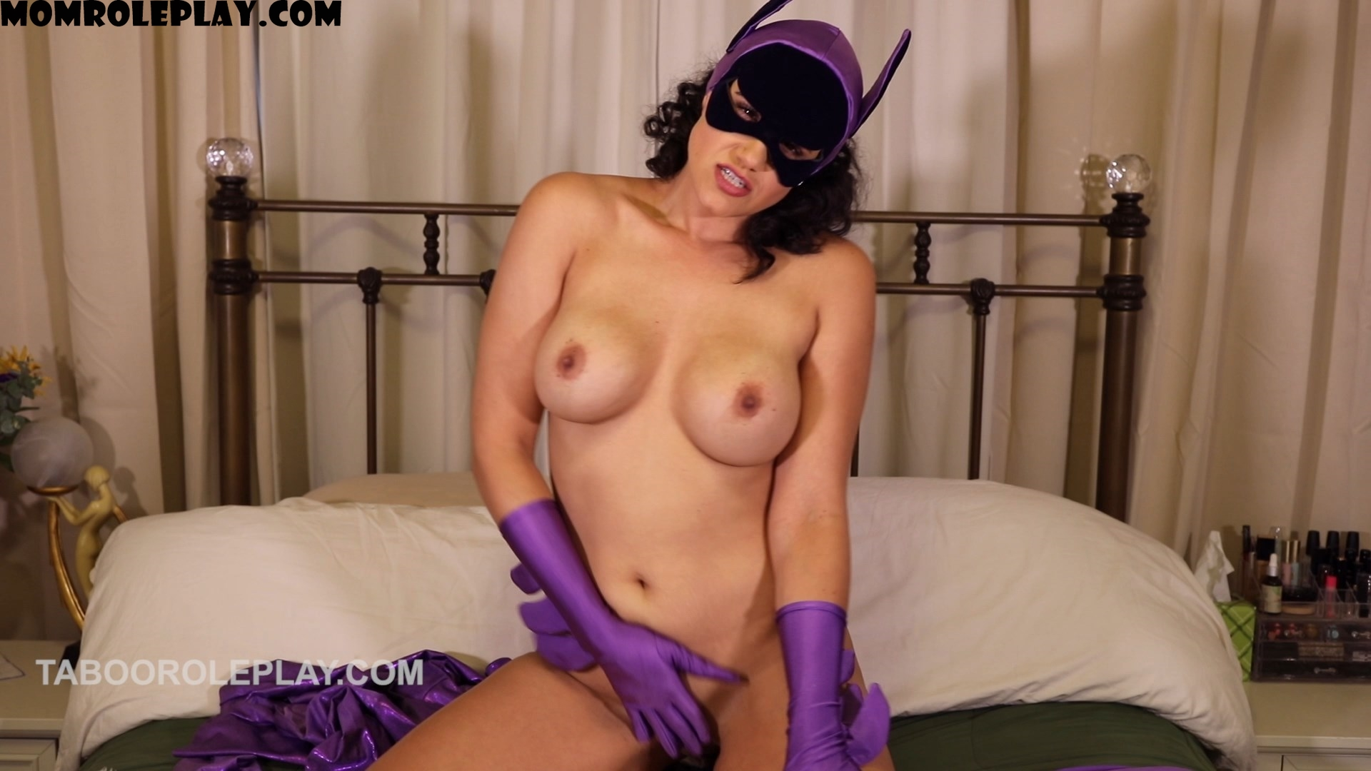 Miss Penny Barber - Sexy Mom Is Secretly Batwoman (HD MP4)