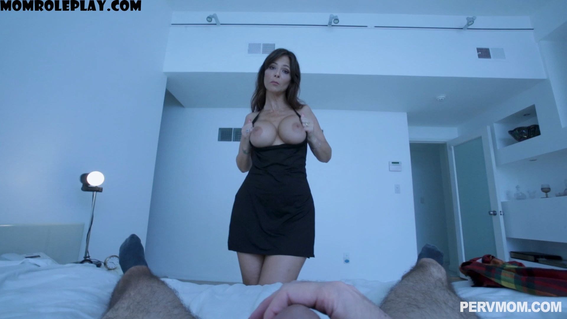 Perv Mom - Syren De Mer - I Can't Let Her Sleep Alone 1080p