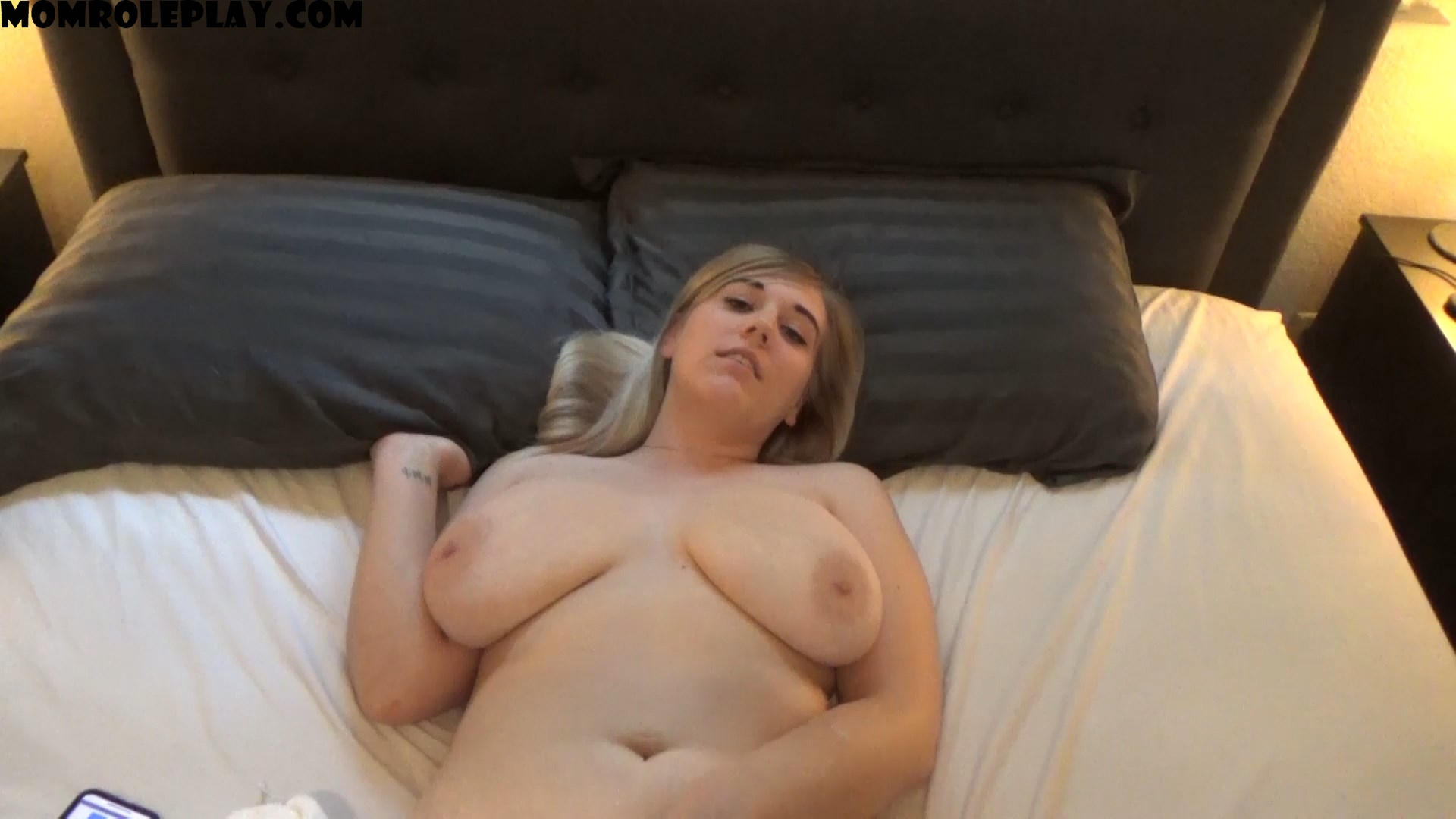 Jocelyn Baker - Fucking Your Mommy After Sensual Massage