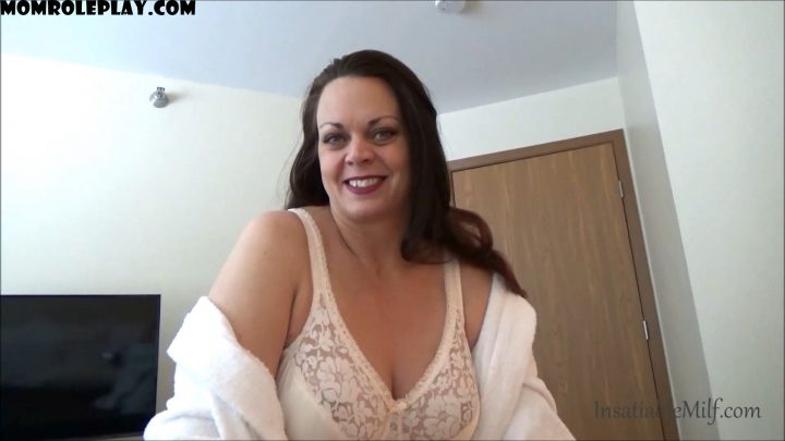 Diane Andrews - Step Mom's New Bra