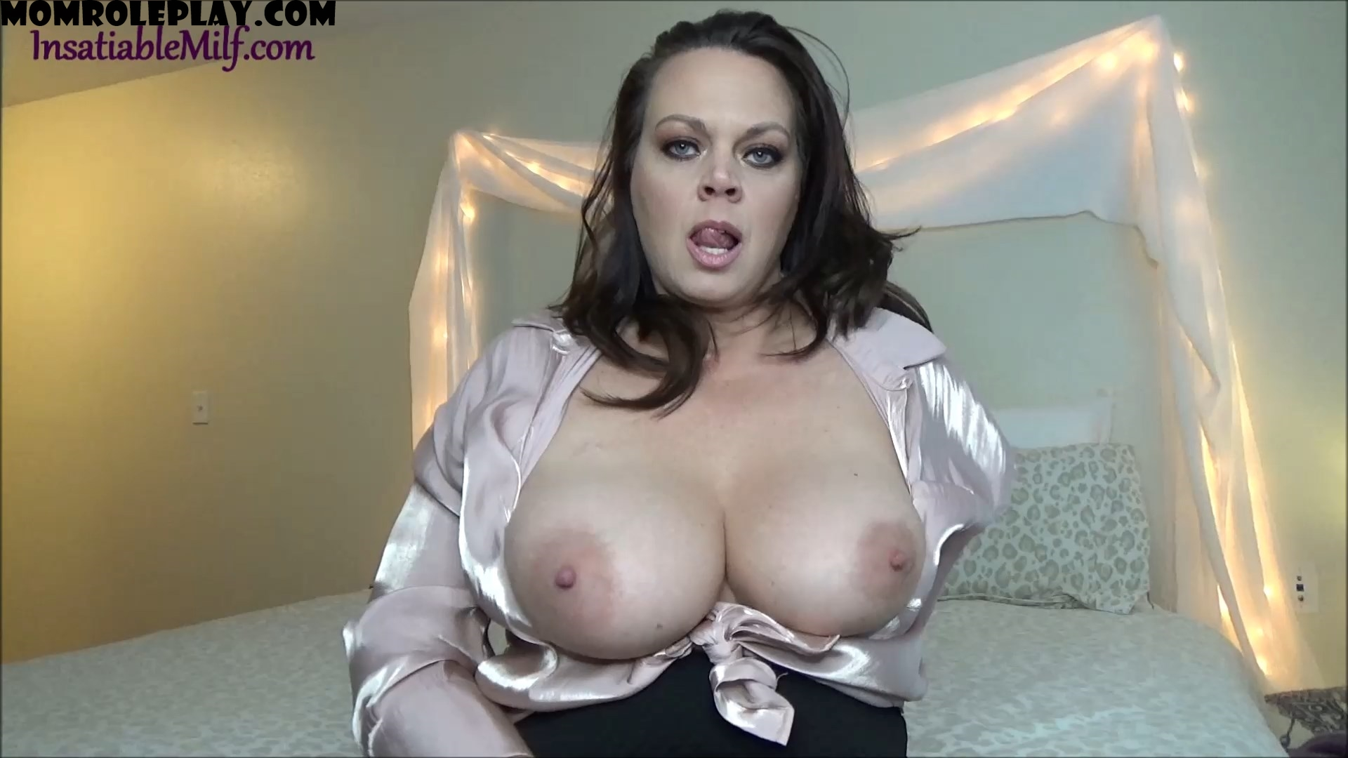 Diane Andrews - The Hot Neighbor MILF's Big Cock