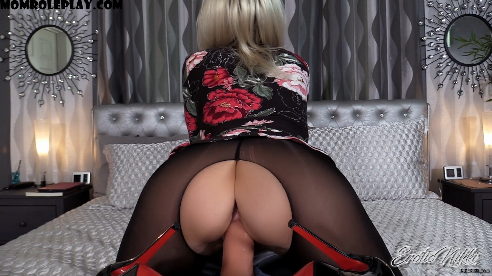Erotic Nikki - Fetish MILF - StepMom's Magical Pussy MP4-HD 1080p