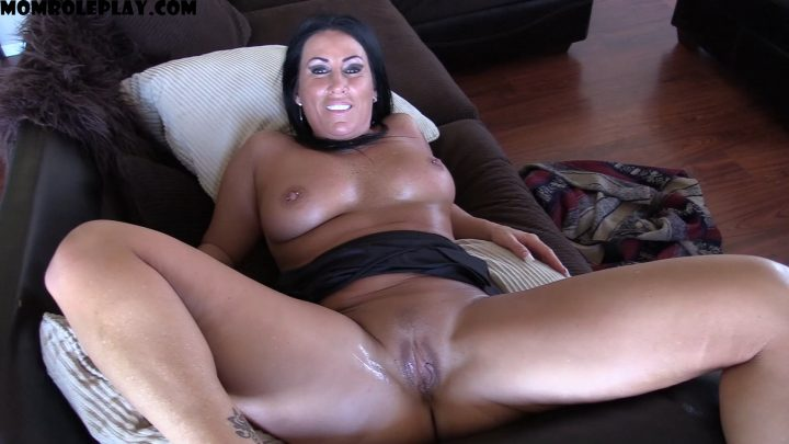 Katie71 – Fucking My Son's Bully