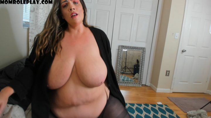 kateskurves – Mommy Fucks