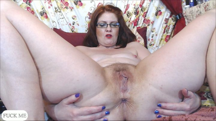 Cinnamonngirll – Mom describing his cock