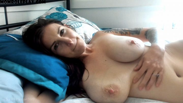 Kelly Payne - Dad & Son trick Mom PART ONE