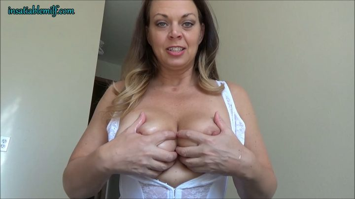 Diane Andrews – Step Mom Always Knows What You Need