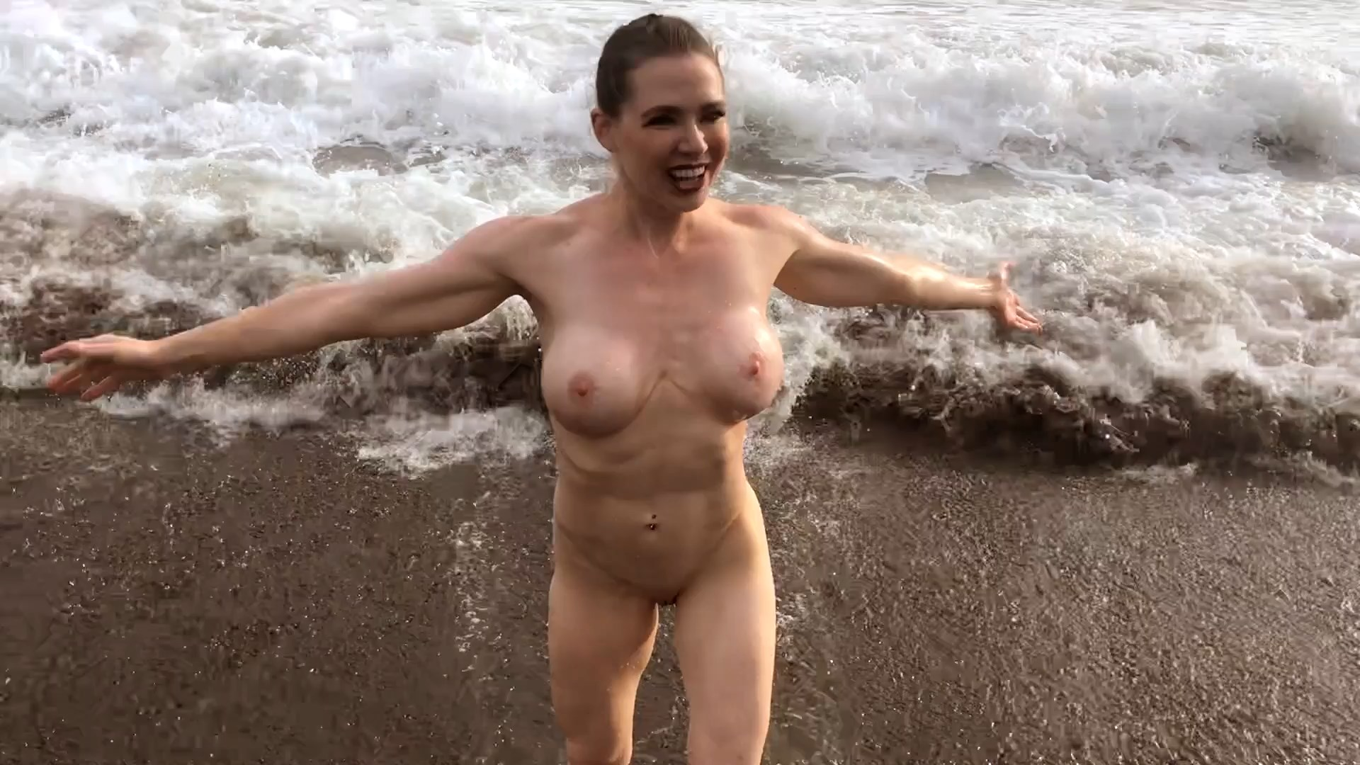 Kylee Nash - Skinny-Dipping With Mom