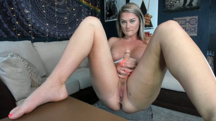Lauran Vickers - GF Roleplays as Mommy
