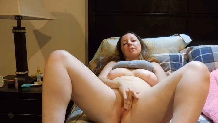 Melanie Sweets - Naughty homewrecker MILF next door