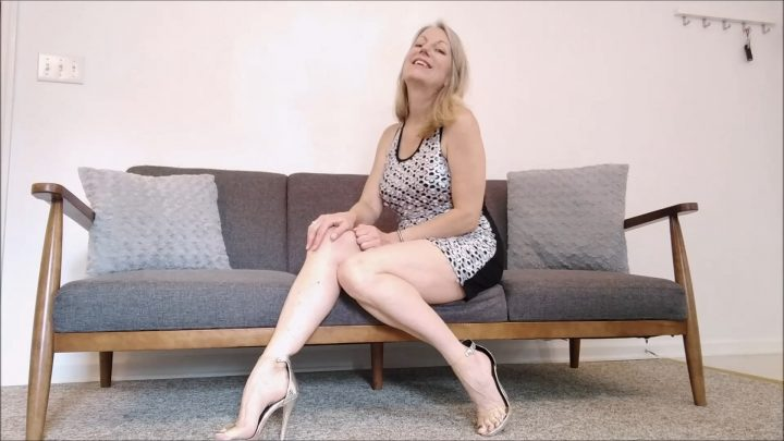 MoRina – Loving Mother Seduction
