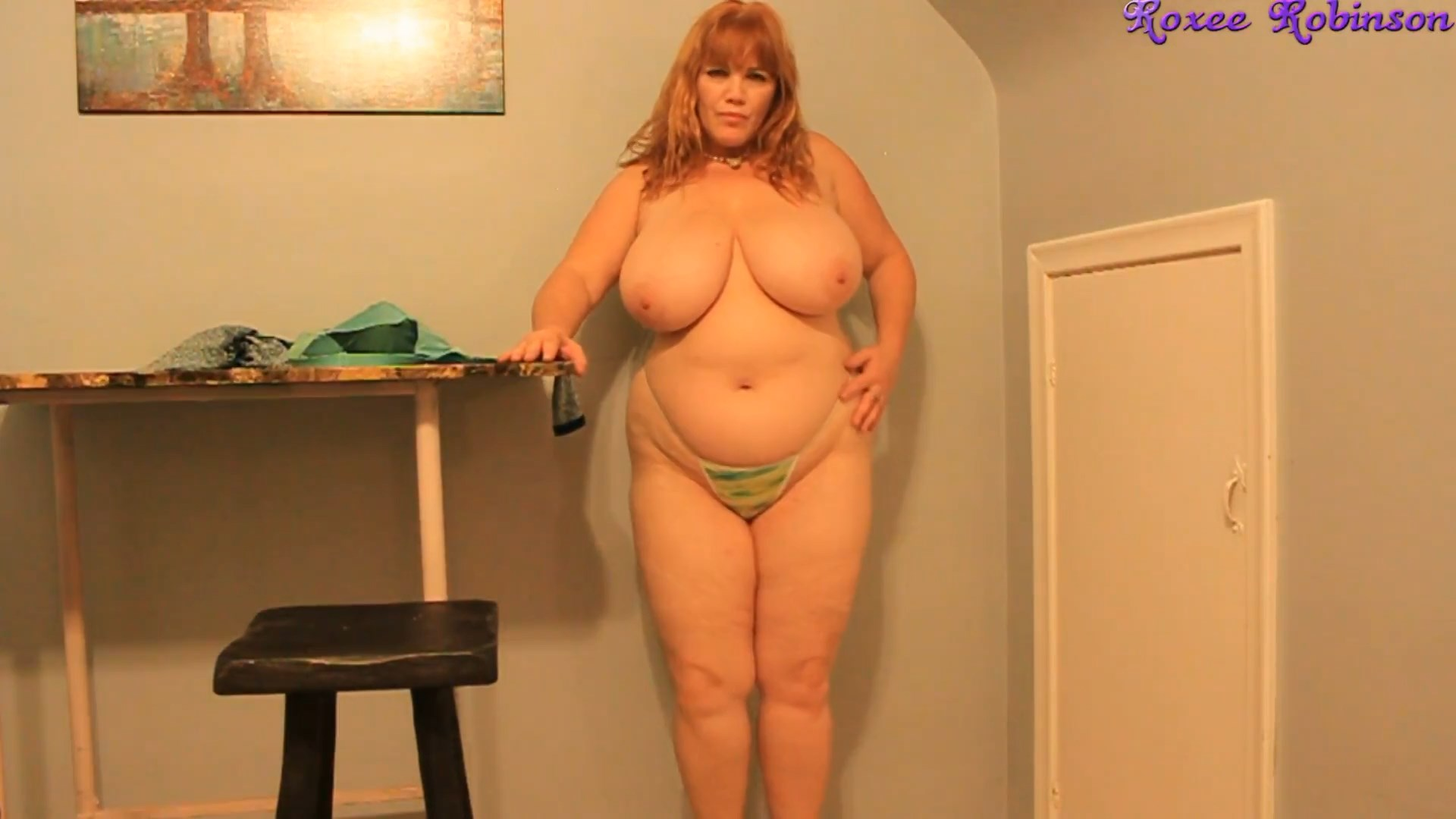 Roxee Robinson - Sexy Mommy Strip Tease