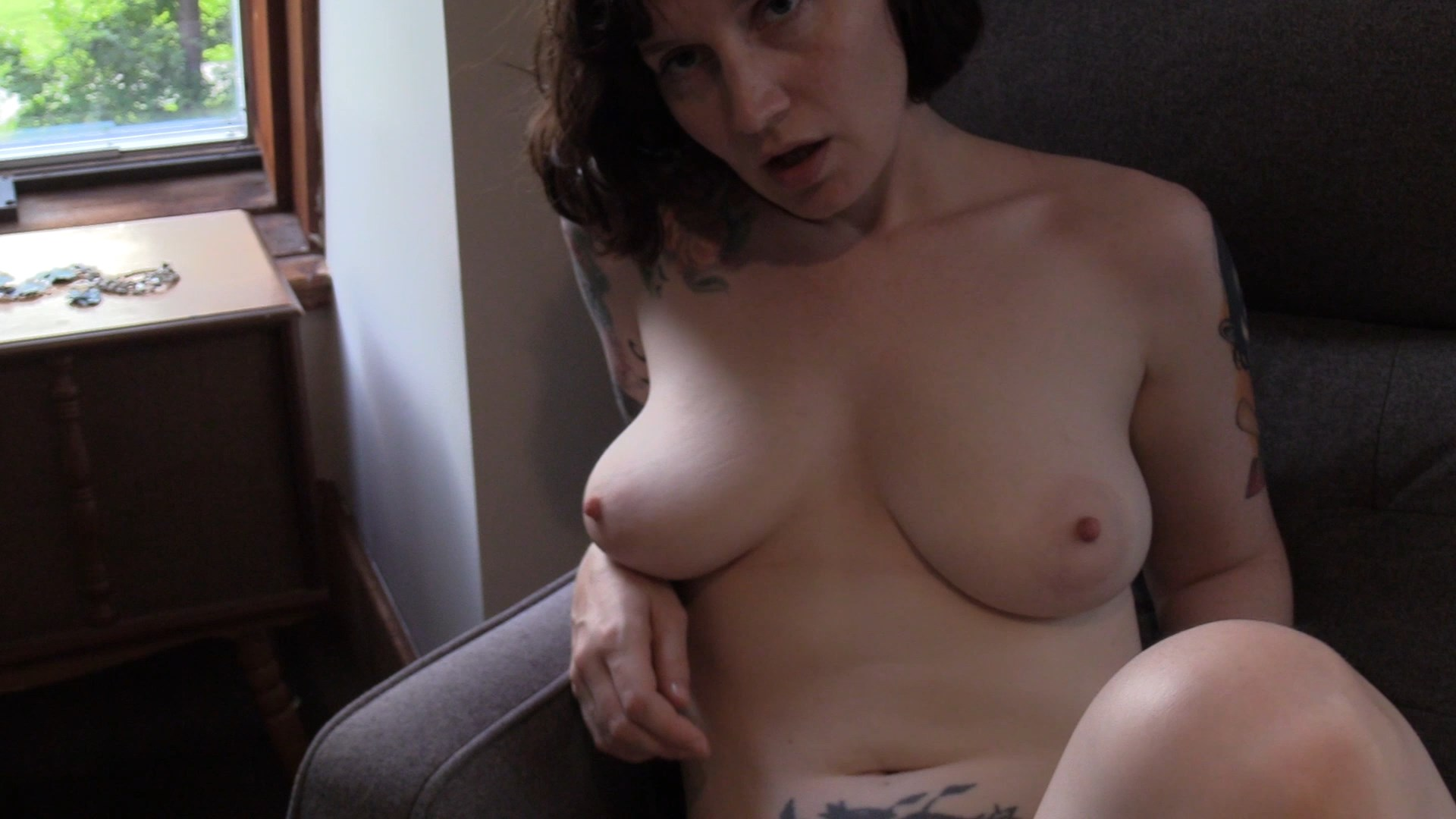 Bettie Bondage - Mom's Breastfeeding Confession