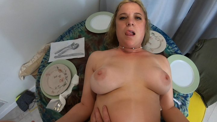 Erin Electra - You fuck your stepmom while she's busy