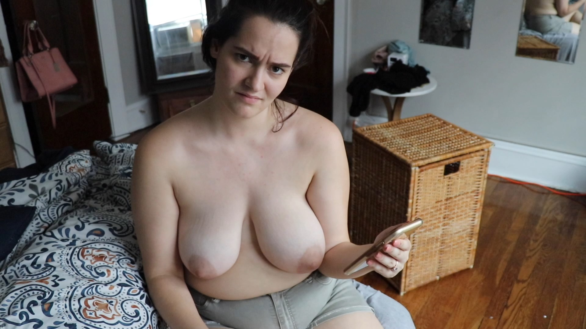 Gigi Manor - Your Mom Rates Your Cock Humiliation