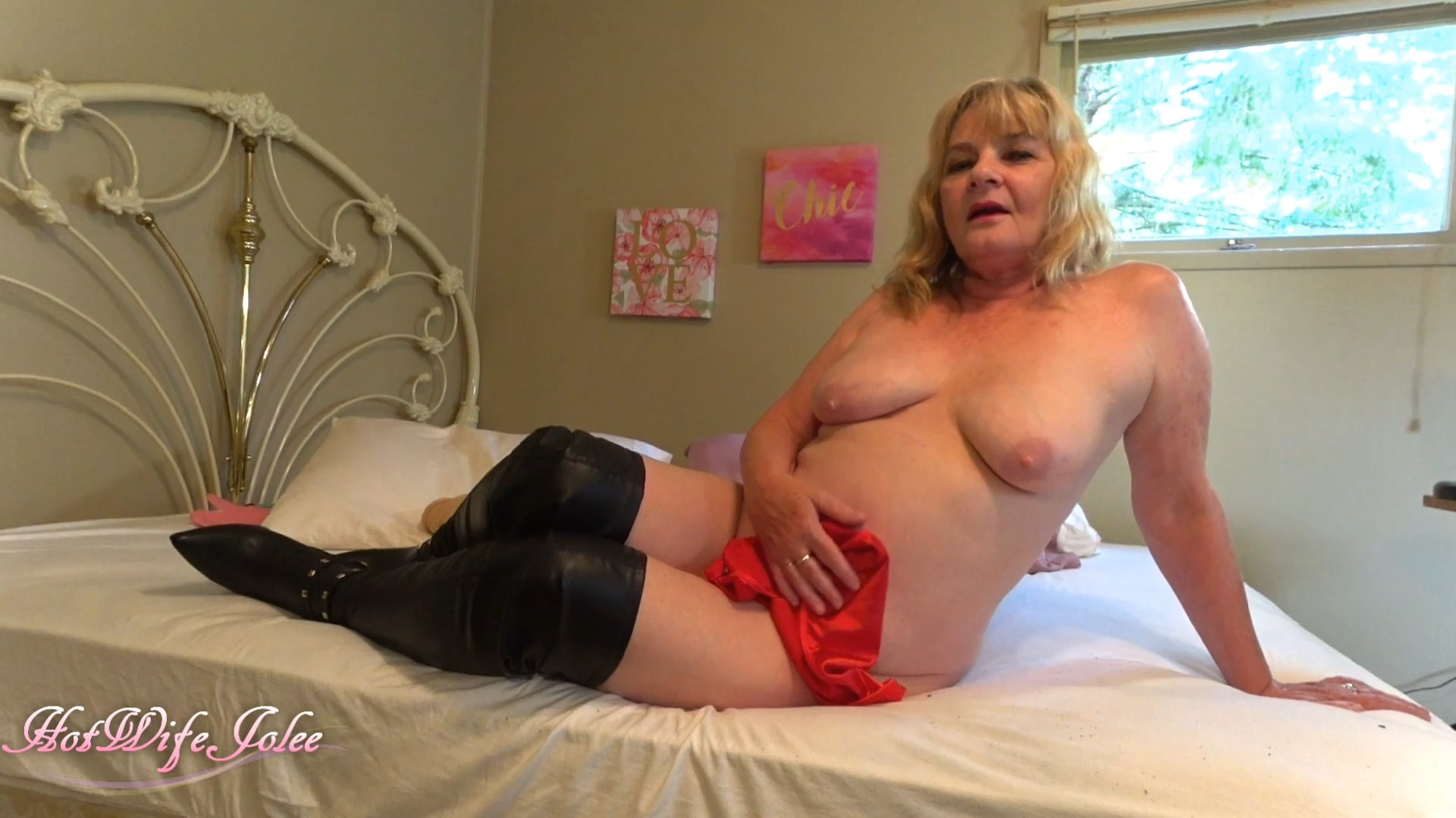 Hot Wife Jolee - Mom dominates her boy dressed in her sex