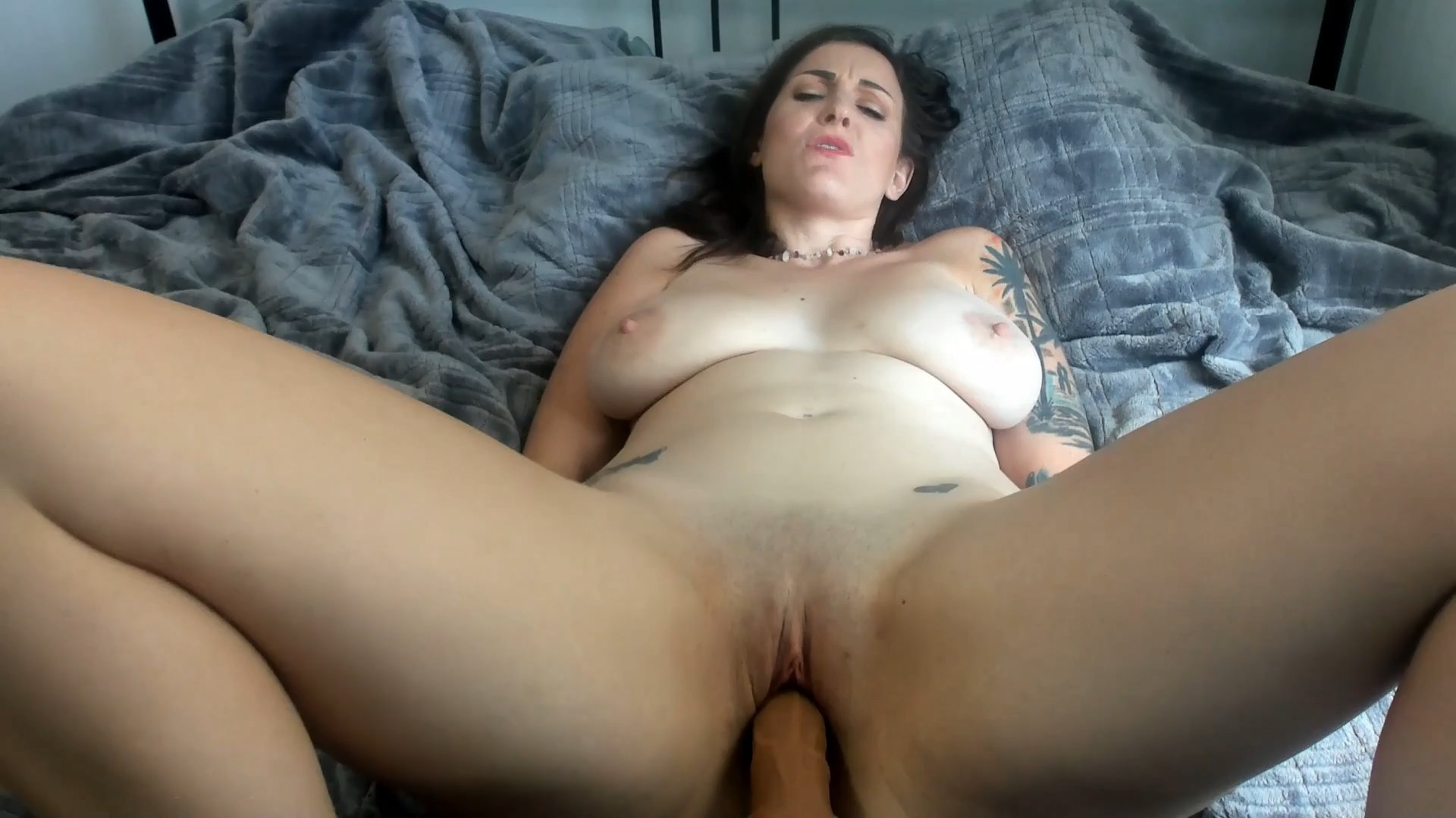 Kelly Payne - Cheering Up Mom with your mouth & cock