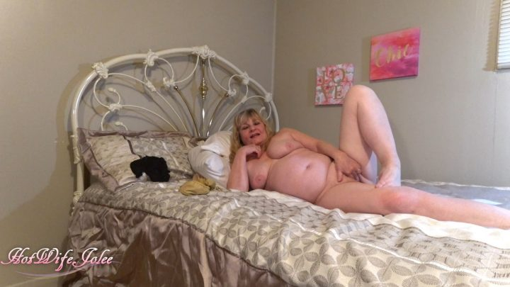 Hot Wife Jolee – Taboo mommy play