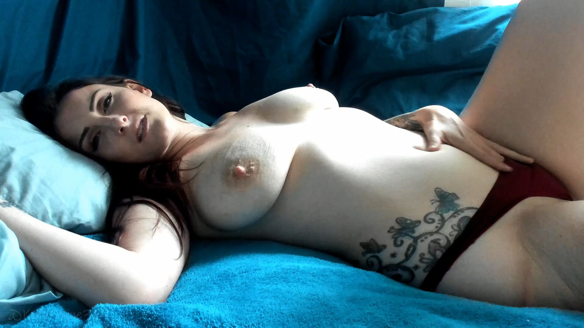 Kelly Payne - Being Sinful with Mommy PART TWO