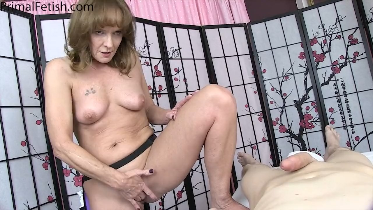 Primals MILFS - Cyndi Sinclair - Mesmerizing the MILF Masseuse 720p