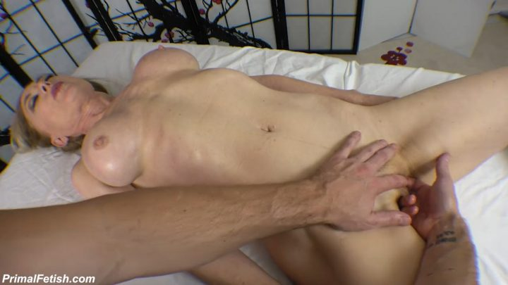 Primals MILFS – Nina Hartley – Massaging the MILF 720p