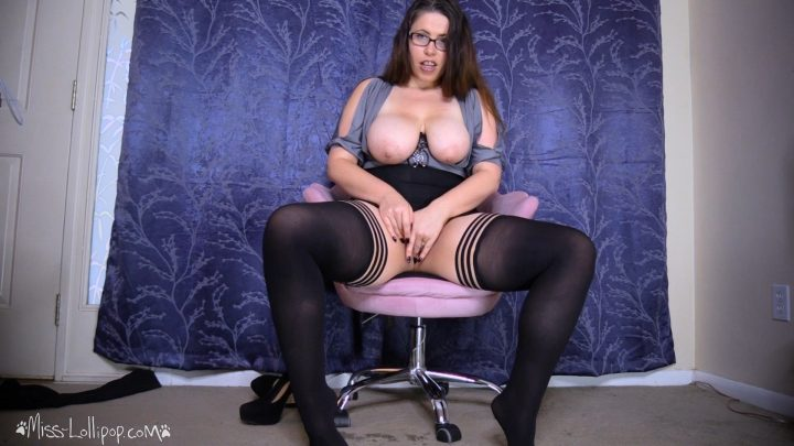 Miss Lollipop – Get Mommy Pregnant in these Pantyhose!