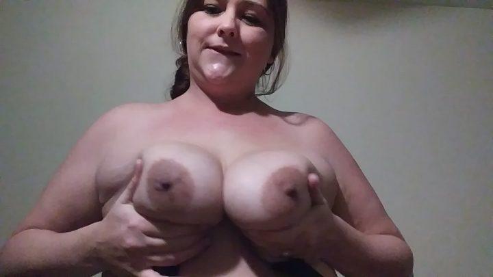 Curvylove757 – Milk step-mommys tits son RP