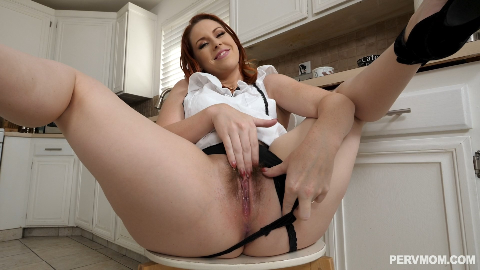 Perv Mom - Edyn Blair - A Couple Of Stepmom Creampies