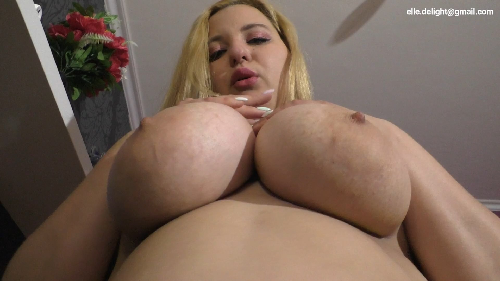 Elle Delight - Make Your Mommy Happy