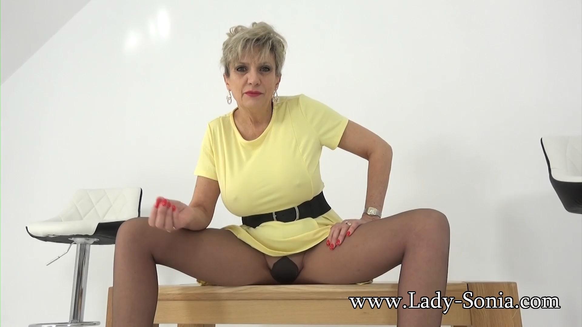 Lady Sonia - Big Tit Milf In Pantyhose
