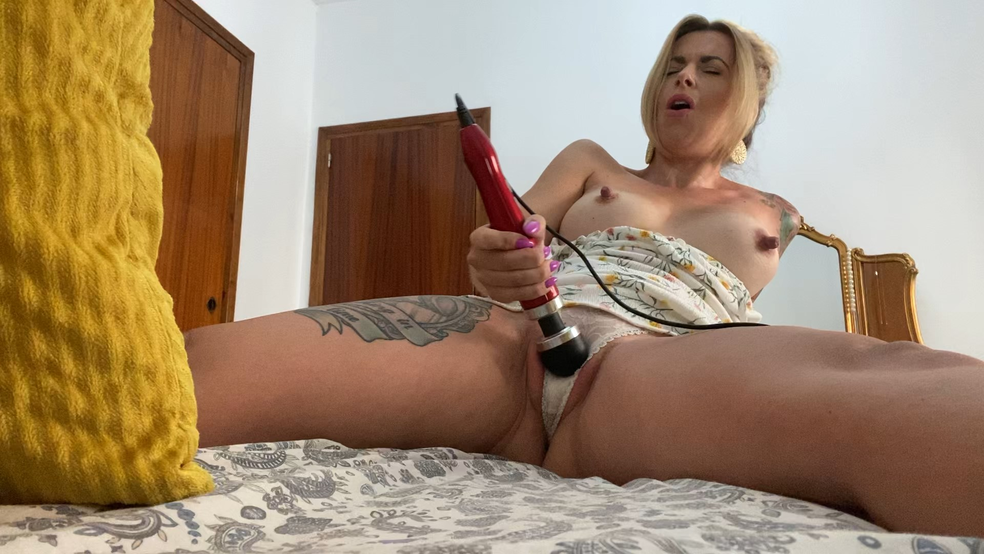 The Charlie Z - Dont Be Shy - Cum With Step Mommy