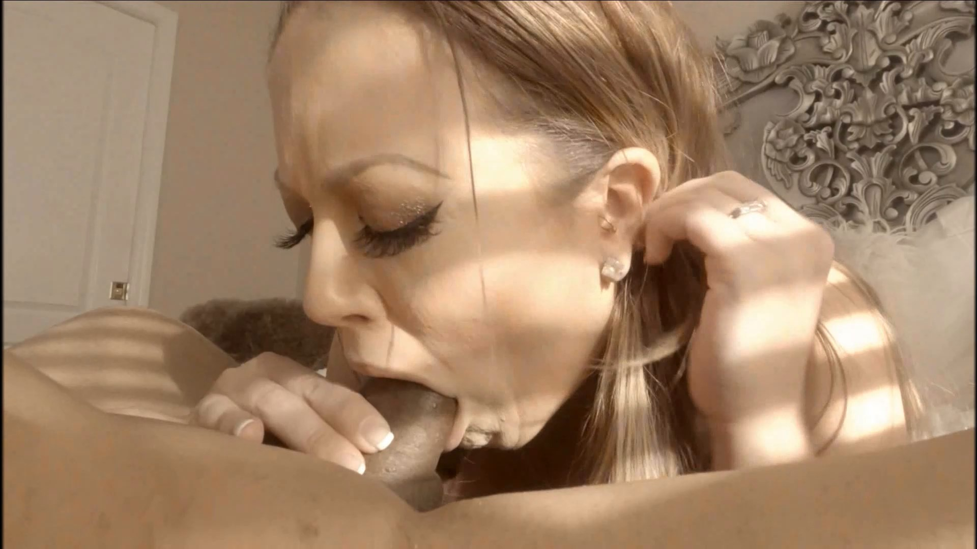 Carmen Valentina - Sucks Off Her Boy