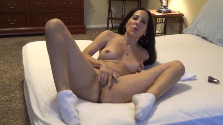 Little Gianna - Roleplay Sharing A Mom/Son Story