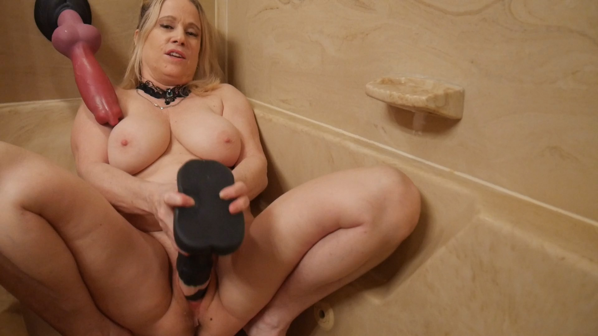 Garter Sex - Your Mommy is a Kinky Piss Whore