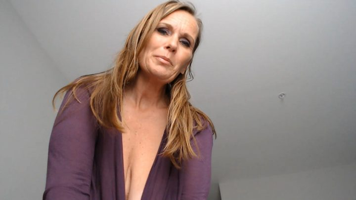 Kimi The Milf Mommy - Pov Sweetmom Jerkoff