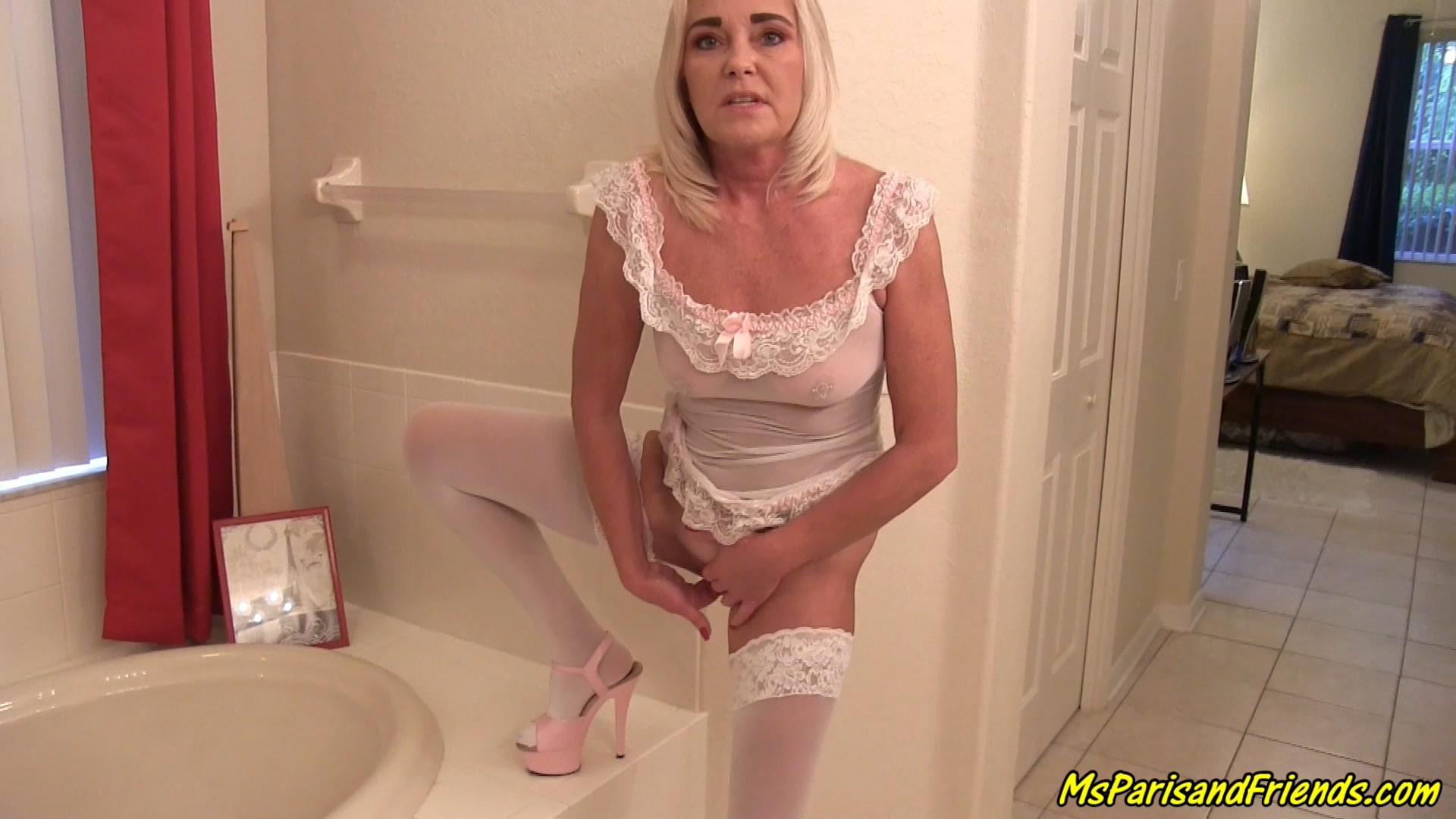 Ms Paris Rose - Horny Mommy Cheers Up Her Depressed Son